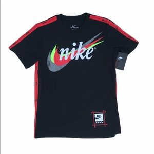 The Nike Tee Air 3 Swoosh Retro Mens Small Black